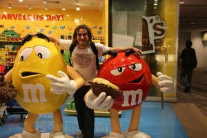 Meeting my idols. Red and Yellow!!!! Changi Airport has it all!