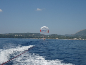 Georges Boat, Parasailing
